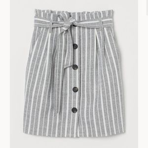H&M Grey and White Striped Button Front Skirt 0
